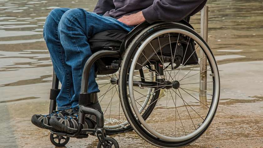 4 Things Wheelchair Users Need to Stay Protected from the Cold